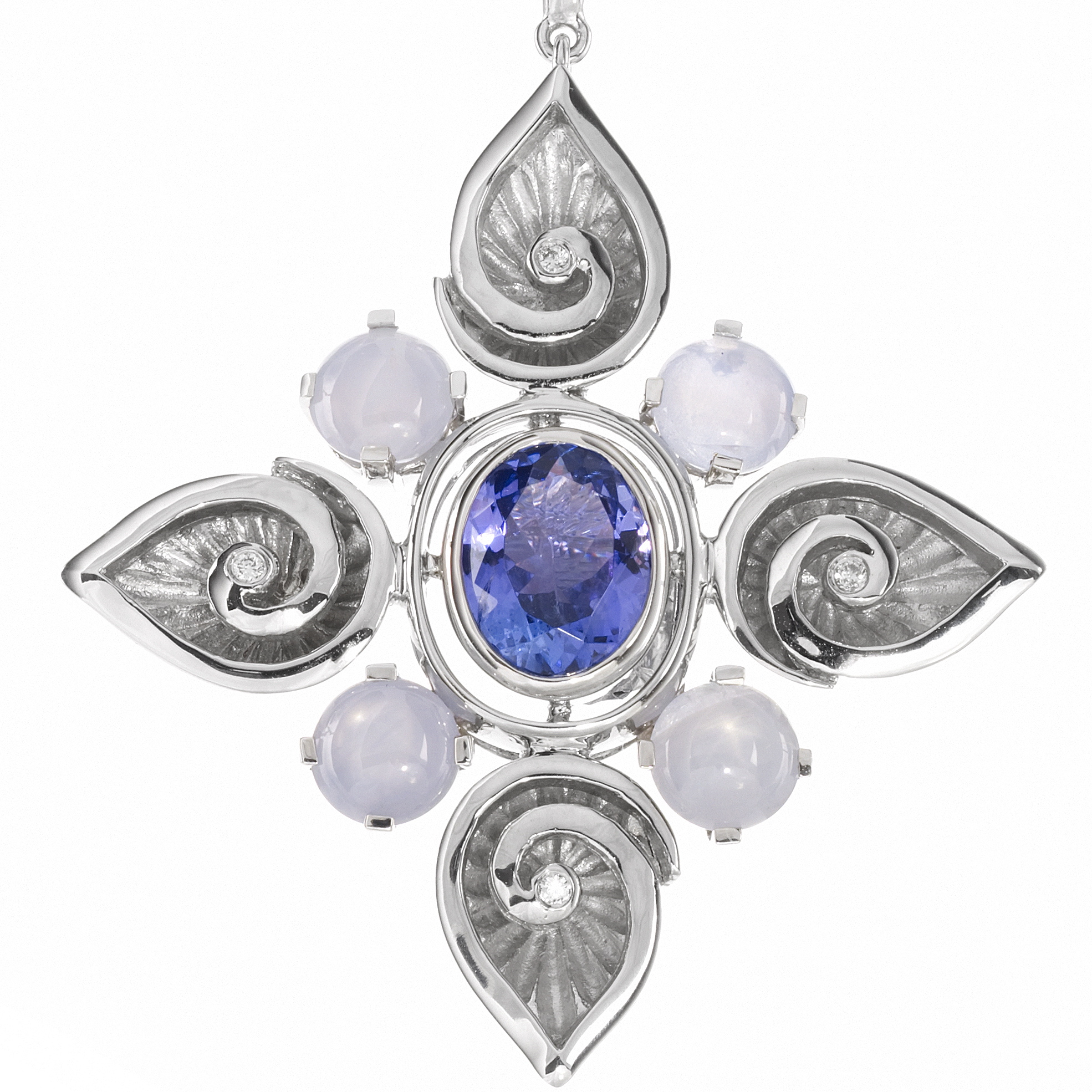 Pear pendant, Tanzanite, Sapphire and Diamond.